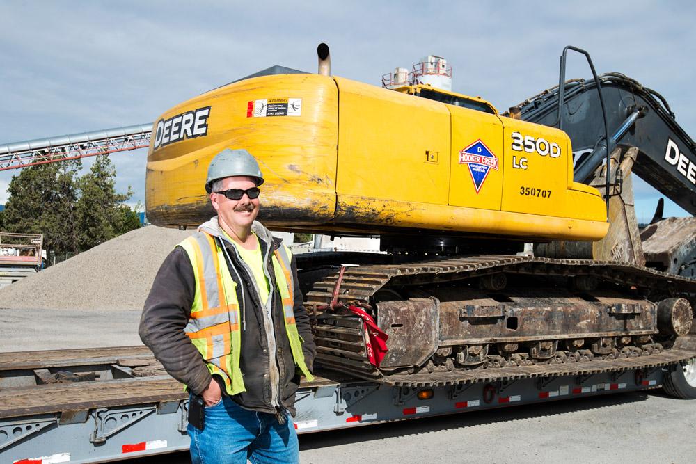 Bend Oregon Large Equipment Hauling